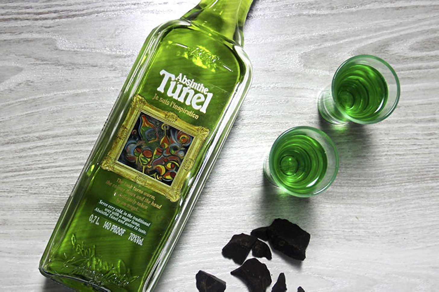 Бутылка абсента картинка
