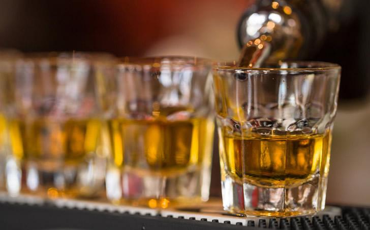 Как пить на свадьбе: советы и хитрости