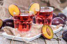 Сливовая настойка и наливка: 8 рецептов в домашних условиях