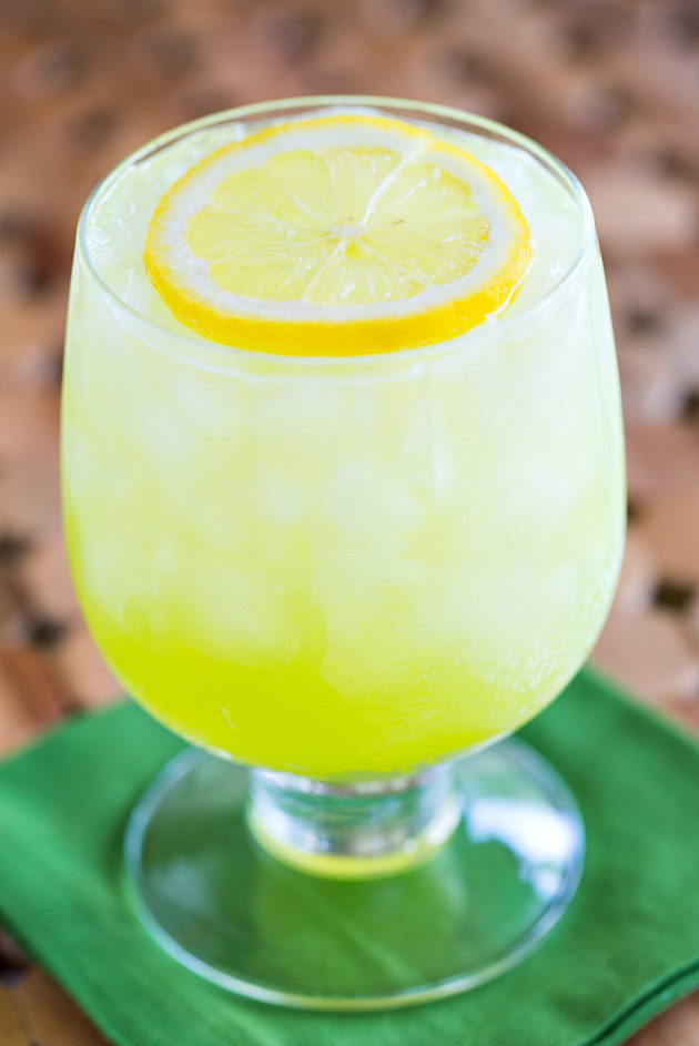 Аллигатор фото коктейля