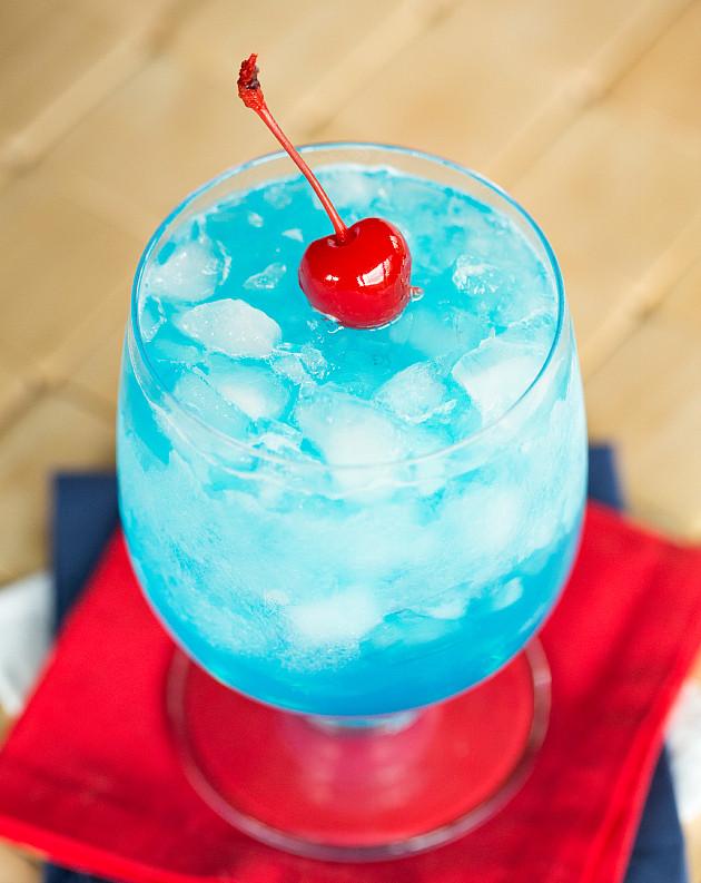 Голубой байонет фото коктейля