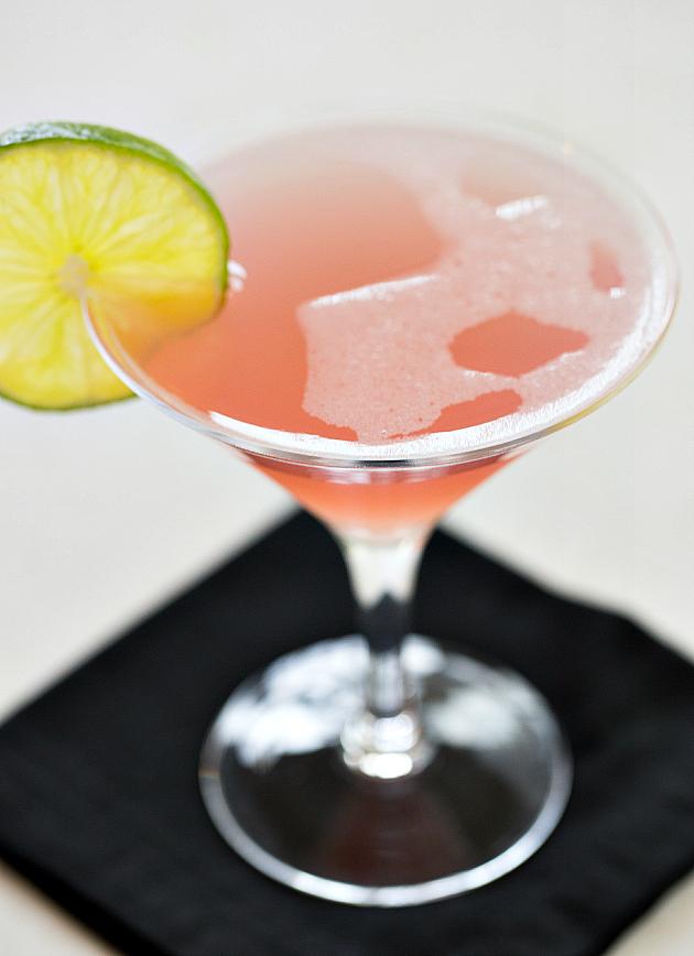 Космо клюква фото коктейля