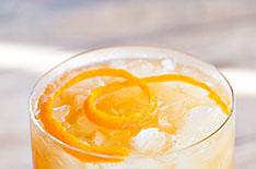 Смэш из бурбона и клена рецепт коктейля, состав, фото