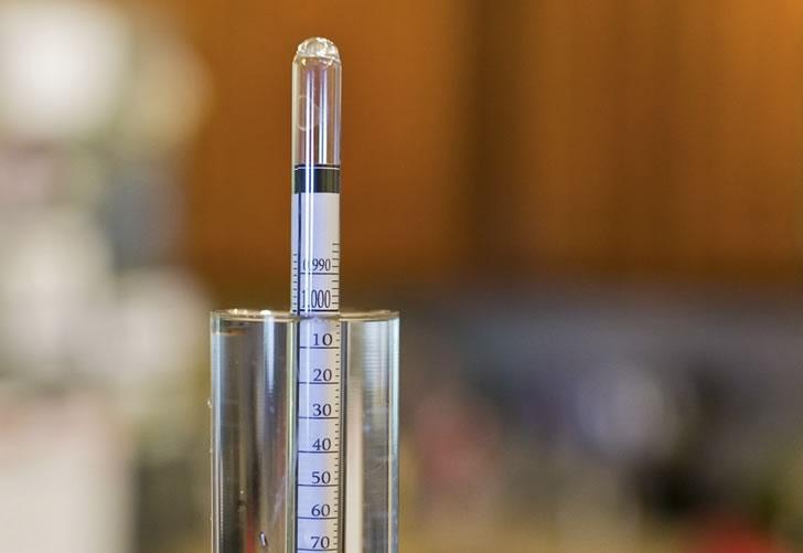 Как правильно пользоваться спиртометром и как его выбрать