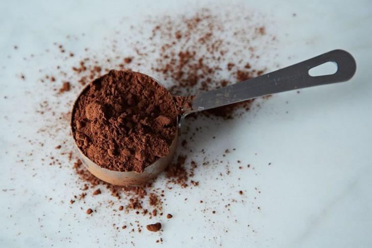 Какао с ванилью и шоколадным сиропом - рецепт пошаговый с фото