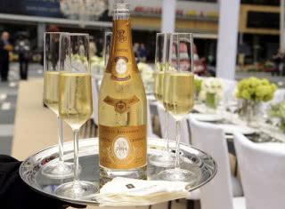 Шампанское Кристалл: обзор вкуса и видов + как отличить подделку