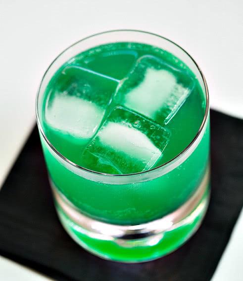 Зеленый дьявол рецепт коктейля, состав, фото