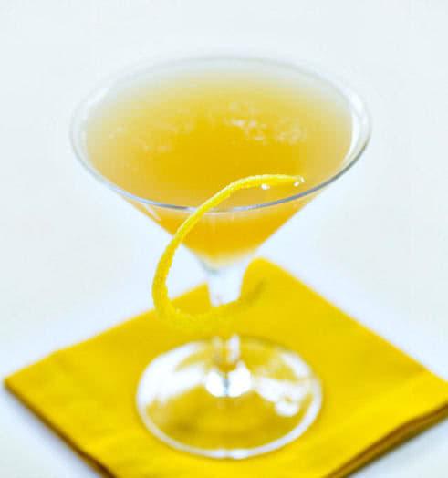 Между простынями рецепт коктейля, состав, фото